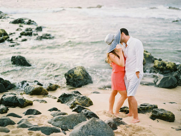 beach+engagement+styling+hawaii